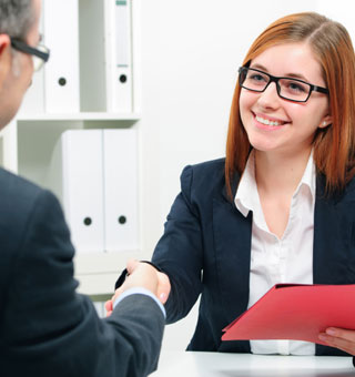 15 Ways to Describe Yourself in a Job Interview