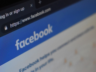 facebook page in web browser