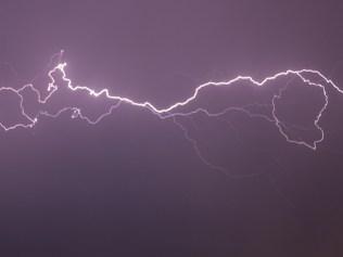 horizontal bolt of lightning